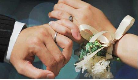 二宮と伊藤綾子の結婚指輪や結婚式場と披露宴どこで?新婚旅行はモルディブだった?