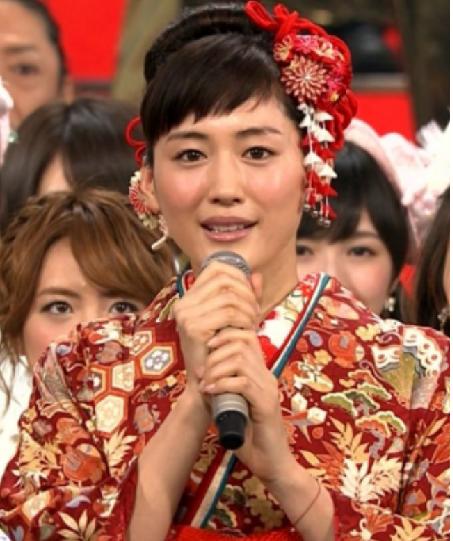 2019年紅白】綾瀬はるかの髪型がかわいい!歴代画像も紹介