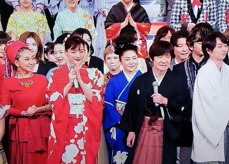 2019年紅白】綾瀬はるかの赤いドレス衣装のブランドはどこ?価格