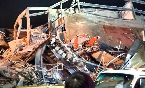 【動画】中国福建省泉州市でホテル倒壊!原因や現場状況は?画像